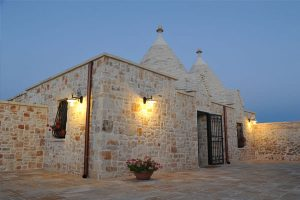 Trullo_suite_evening